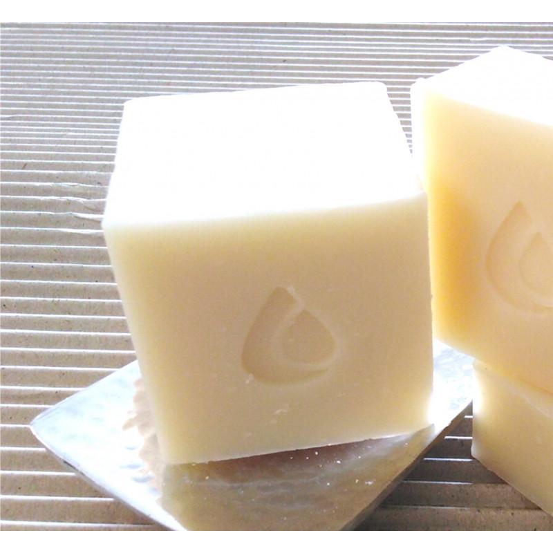 60 savons 50g parfumés