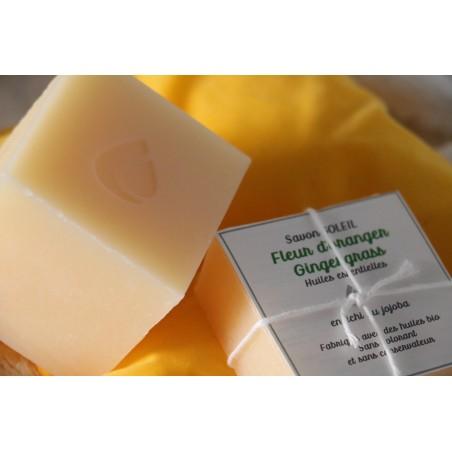 savon artisanal à la fleur d'oranger et au ginger grass